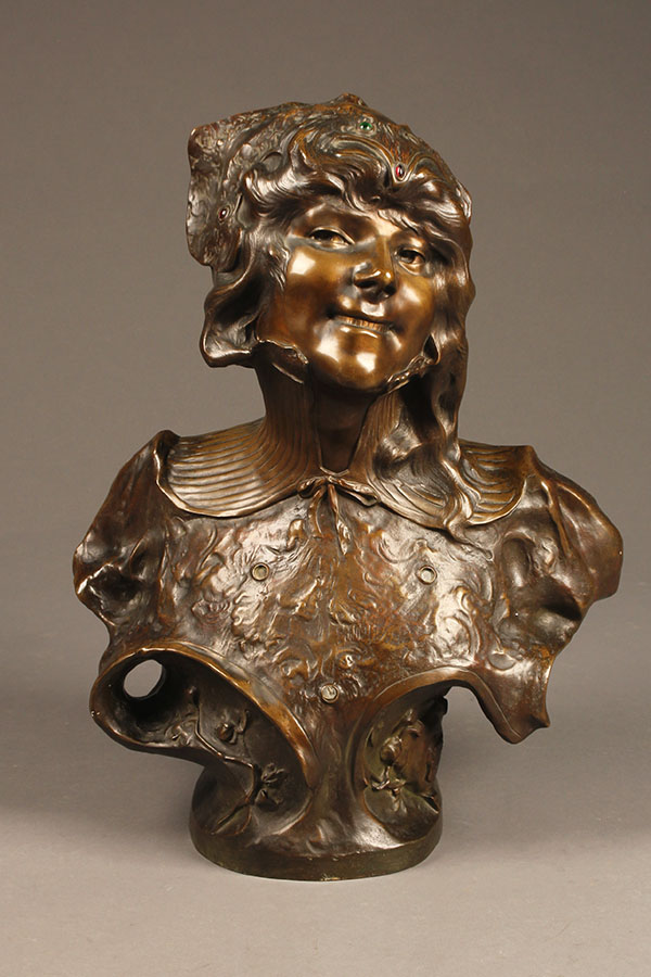Bronze bust of gypsy woman by Benthous A1165A