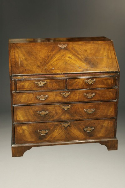 A1720A-antique-secretary-18th-century-slant
