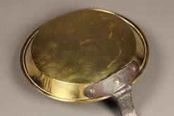A5320C-antique-18th-century-pan-brass-handle-wrought