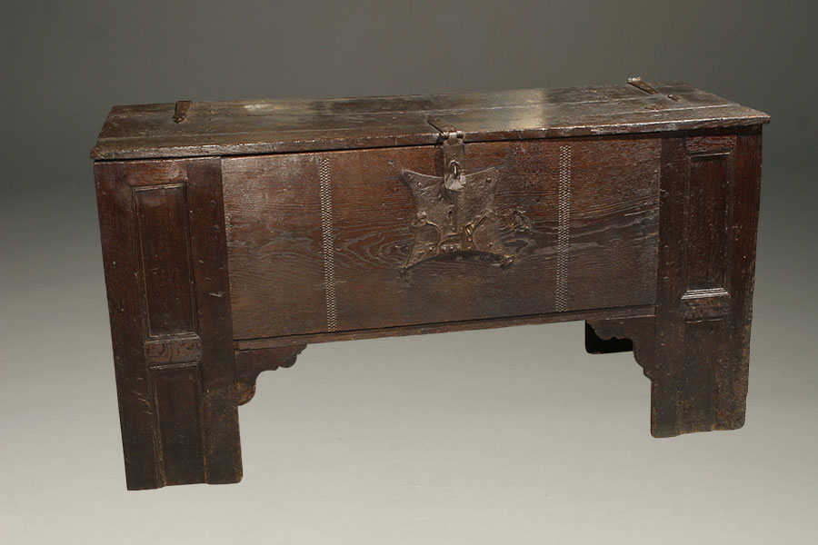A5371A-coffer-english-antique-oak1