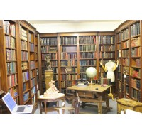 Custom English breakfront bookcase in Mahogany