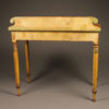 Pine table/desk with painted finish A5563D