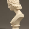 pair of porcelain busts A5568E
