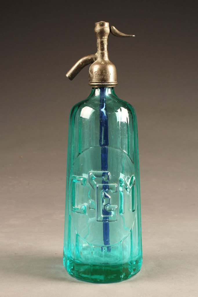 A5628A-antique-seltzer-bottle