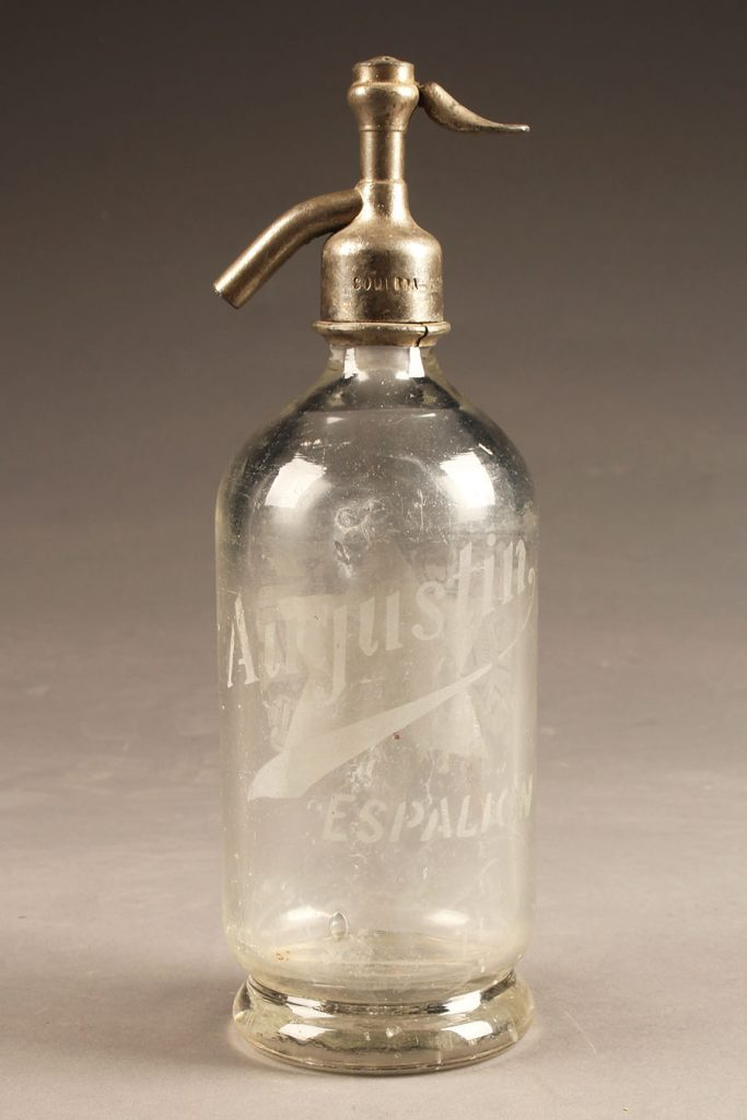 A5636A-antique-seltzer-bottle
