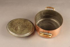 Mid 19th century French copper marmote/pot with lid and two copper handles, circa 1870.