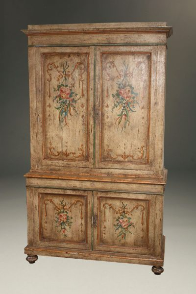 19th century Tuscan cupboard with original polychrome finish