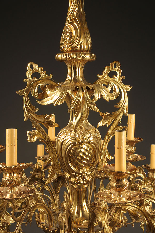 A2084C-chandelier-antique-brass - 18 Arm French Antique Bronze Chandelier.