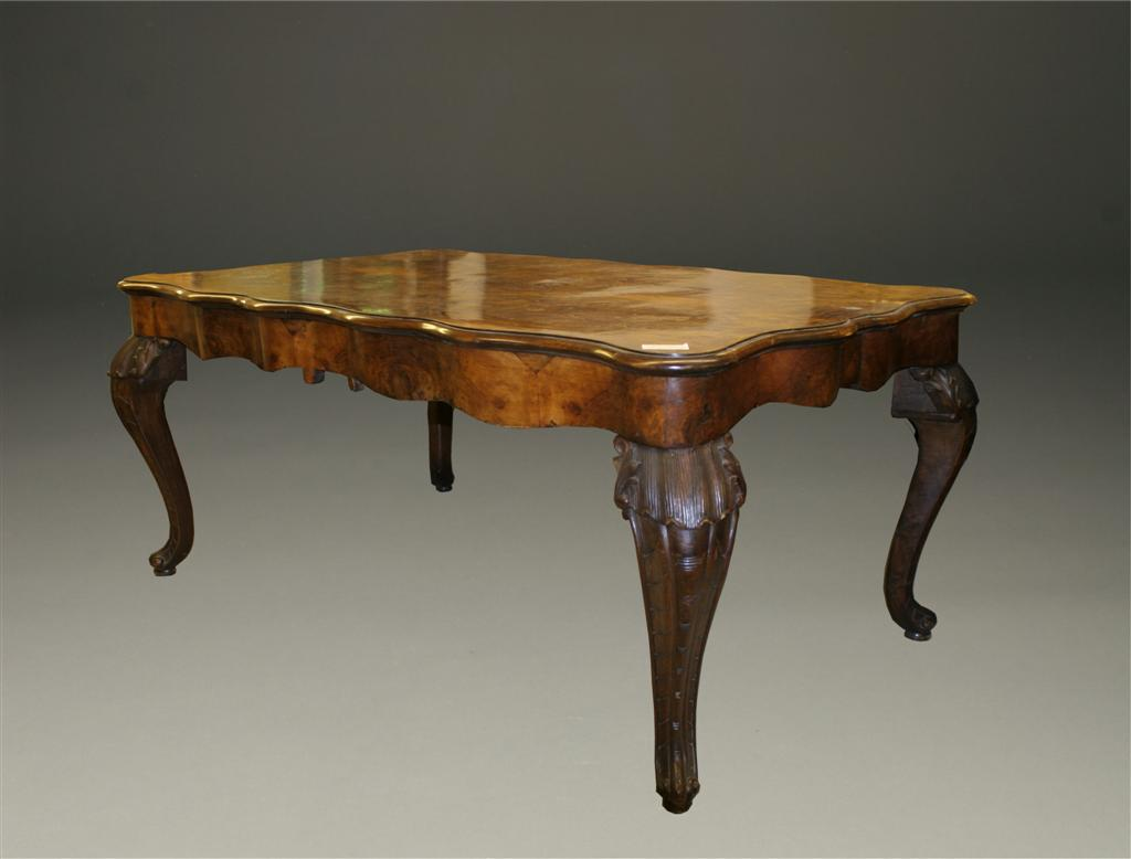 Burl Walnut Italian Antique Table