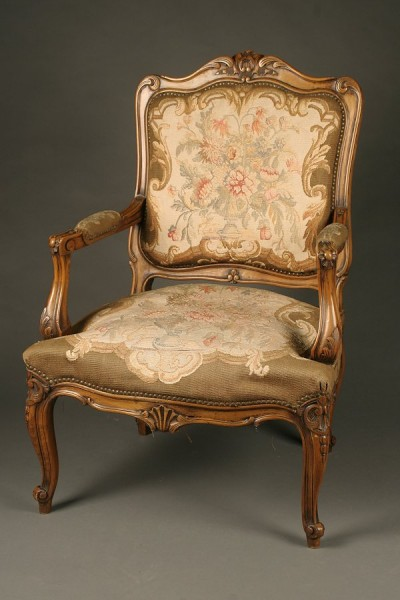 19th century french louis xvi style arm chair with for Salle de bain louis xv