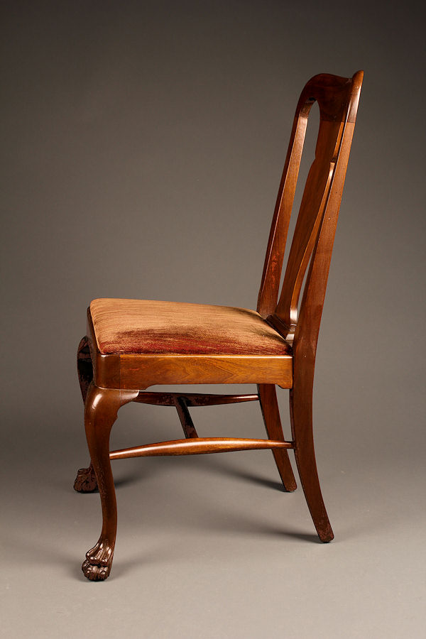 Set Of 8 Antique Mahogany Chairs With Claw Feet