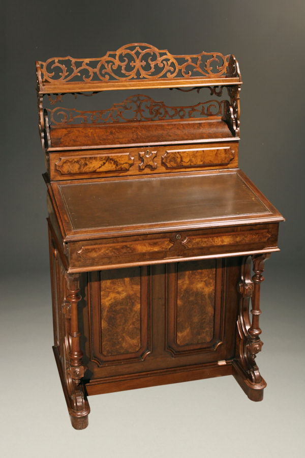 Th century victorian style writing desk