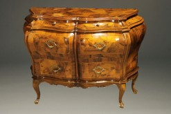 Antique Italian bombe commode A5275A1