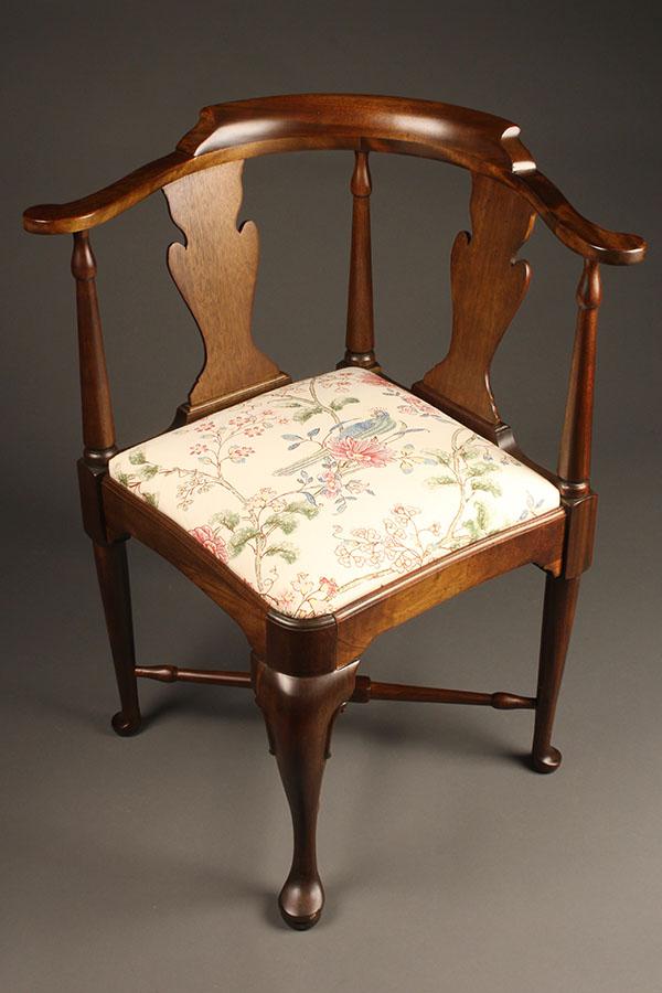 antique queen anne chair Antique Queen Anne style corner chair. antique queen anne chair