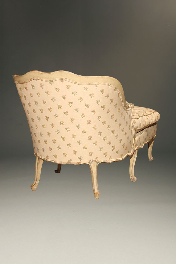 Antique louis xv style chaise lounge for Antique style chaise