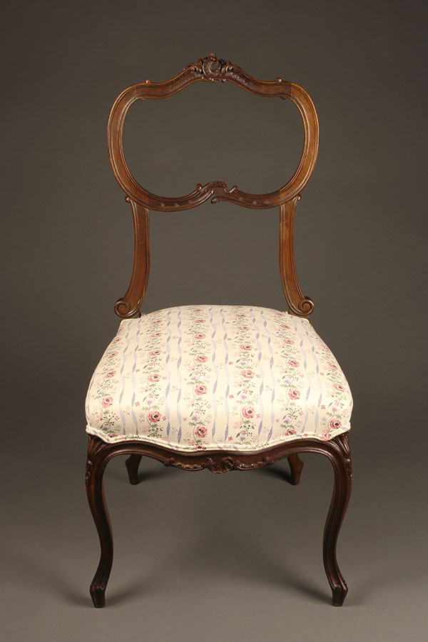 A5316B-antique-chair-chairs-Louis-XV-French - Set Of 4 Antique Louis XV Style Chairs.