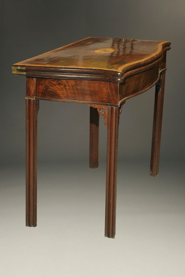 A5346C English Game Table Antique Games