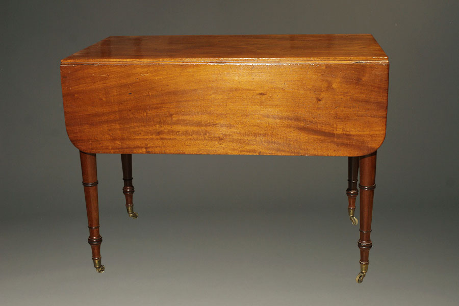 Antique Federal Style Drop Leaf Table