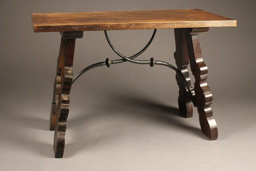 19th century antique Spanish style table A5354A1