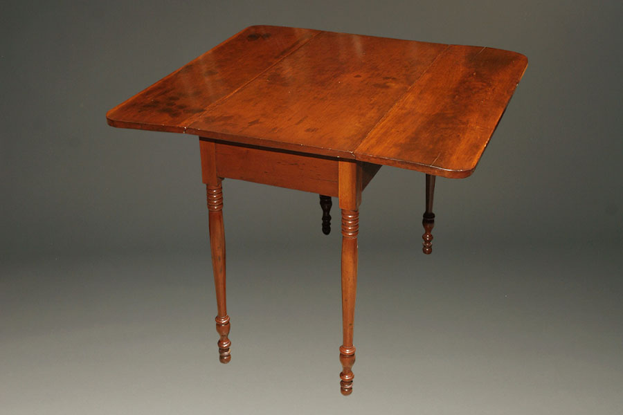 A5374a Antique Drop Leaf Table1