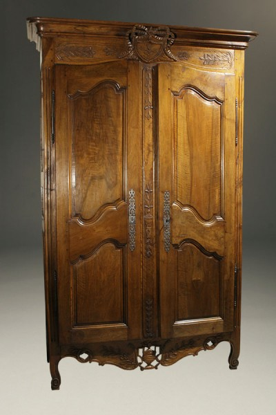 Antique Country French armoire A5406A