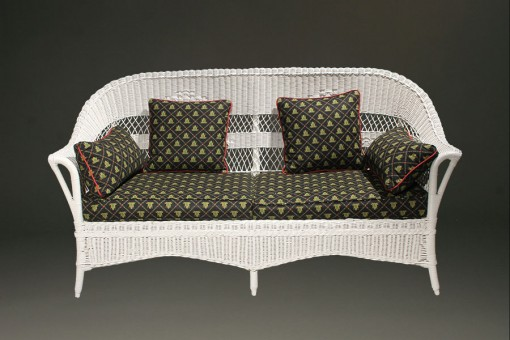 Petite wicker sofa A5435A