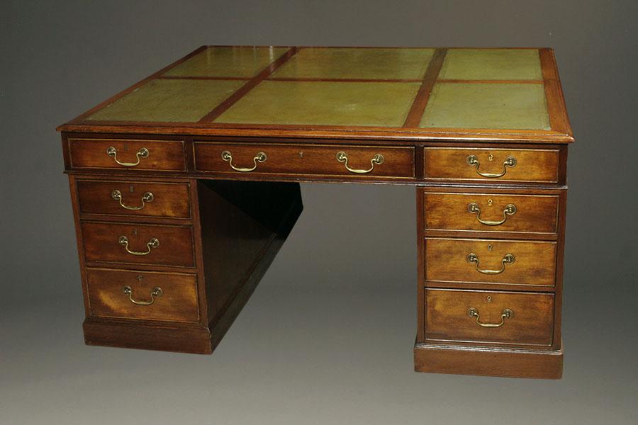 English Partners Desk A5452a