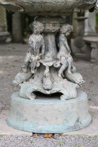 Bronze fountain with horses and cherubs A5511E