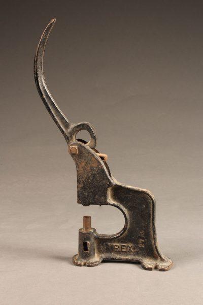 A5651A-antique-grommet-setter-tool