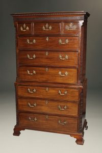 Very nice period Chippendale style mahogany English chest on chest with pull out writing surface, circa 1770.